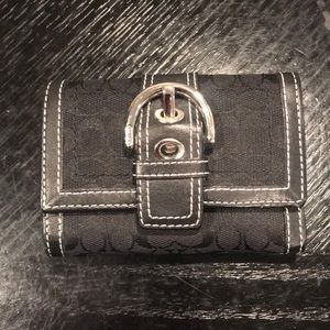 COACH WALLET * in great condition!